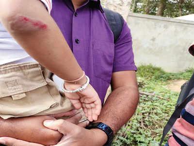 Bad roads have made paramedics of ordinary citizens