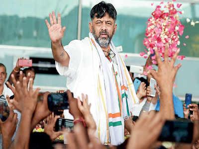 DK Shivakumar elevated as KPCC presidents.  Jyotiraditya Scindia effect?
