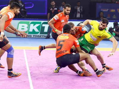 Pro Kabaddi League: U Mumba go to four