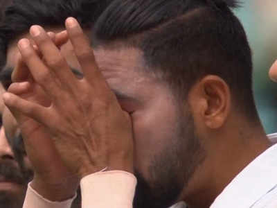 India vs Australia 3rd Test: Mohammed Siraj cries while singing National Anthem