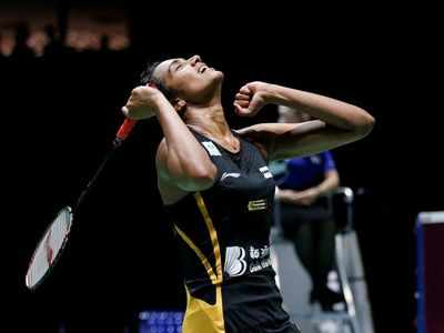 PV Sindhu beats Nozomi Okuhara, becomes first Indian to win gold at  World Badminton Championship