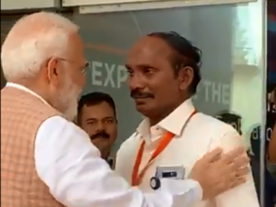 Watch: ISRO chief K Sivan breaks down, PM Narendra Modi hugs and consoles him
