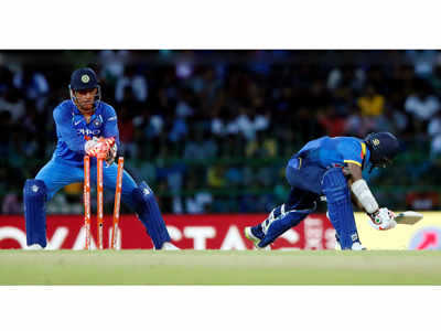 India vs Sri Lanka, 5th ODI, Colombo: M S Dhoni completes world record of 100 stumpings in ODIs