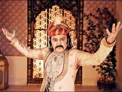 Ali Asgar is Badshah Akbar now