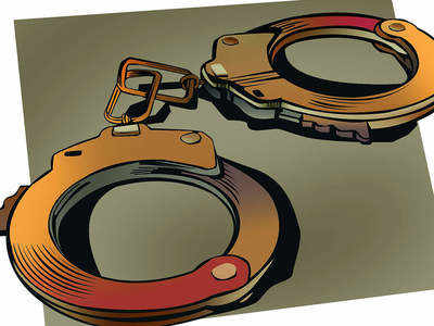 Ulhasnagar man dupes customers by giving fake payment receipt of electricity bills; held