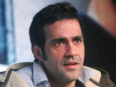 Writer Aatish Taseer may lose OCI card