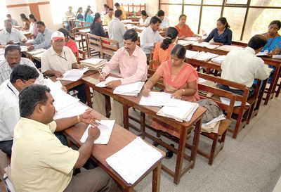 10% hike for evaluators every year, says govt