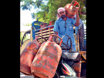 No fuel crisis in India: IOC