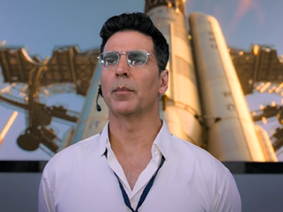 Mission Mangal vs Batla House Box Office Collection Day 2: Akshay Kumar's film earns Rs 16.7 crore; John Abraham starrer mints 7.25 crore
