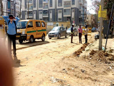 It's a health hazard to live along Yelanahalli Main Road