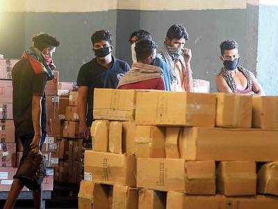 Cops counsel J&K workers to stay back in Phursungi