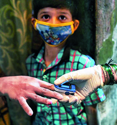COVID-19 tracker: Dharavi records 40 new cases in the last 24 hours; Daily cases in Dadar shoots over 100