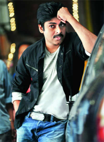 Pawan keeps moves on hold