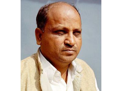 Maharashtra: Shiv Sena leader Kishore Tiwari proposes rights commission for farmers