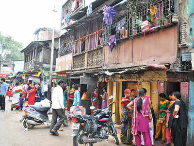 Cops crack down on 'public obscenity' in Budhwar Peth, CSWs allege persecution