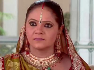 """Kartik Aaryan and Bhumi Pednekar join Kokilaben's """"Rasode me kaun tha"""" memefest"""
