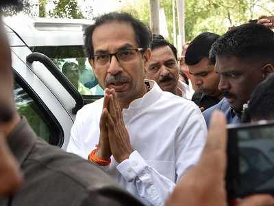 Bharat Bandh in Mumbai over fuel price rise: Shiv Sena officially refuses to support Congress but mocks 'acche din' with posters