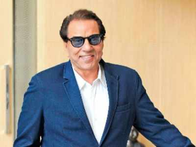 Dharmendra recuperating from dengue
