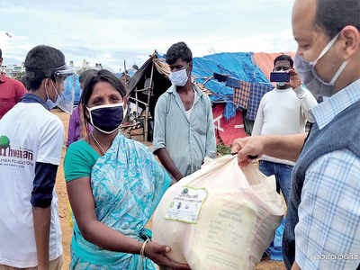 NGO helps the helpless during covid crisis