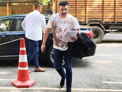 ED quizzes Raj Kundra in Mirchi case