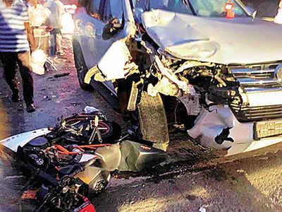 Thane: Two-wheeler and BJP MLA Kishan Kathore's car collide, two died