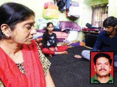 Stressed, missing minor's father dies