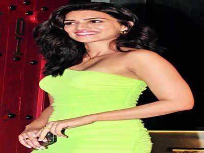Kriti Sanon gifts herself a swanky new ride