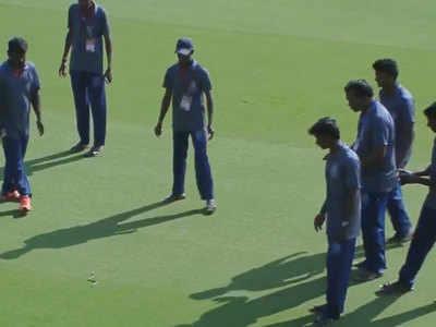 Watch: Snake delays start of Ranji Trophy match in Vijaywada