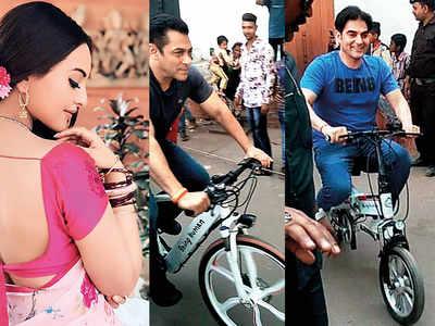 Sonakshi Sinha joins Salman Khan in Maheshwar for Dabangg 3