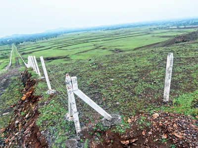 Govt to ban land deals near Purandar soon