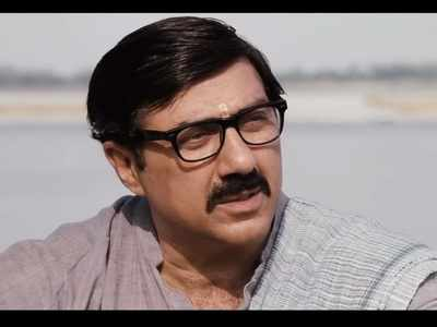 Mohalla Assi movie review: Sunny Deol, Ravi Kishan and Sakshi Tanwar's film is a dreary depiction of Varanasi's issues