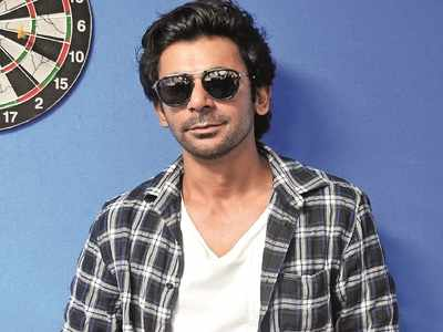 Sunil Grover wishes the ace comedian a happy married life