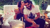 Arjun Kapoor shares loved-up photo with Malaika Arora