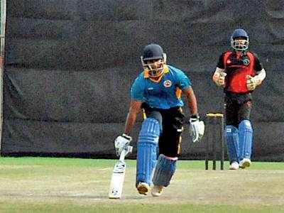 Gujarat suffer close loss