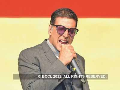 Akshay Kumar reveals he hasn't read wife Twinkle Khanna's books
