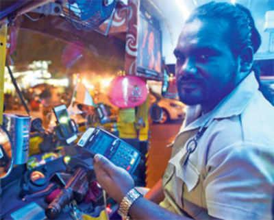 Mumbai, just swipe right for this auto driver