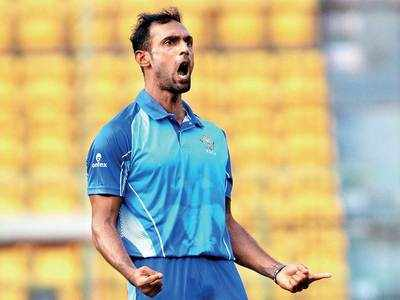 Karnataka player Mithun takes five wickets in an over