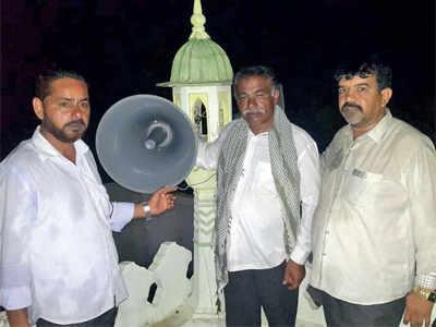 Cops broker peace in Kathada, mosque gets loud speakers