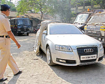 Top firm head booked for using fake number plate