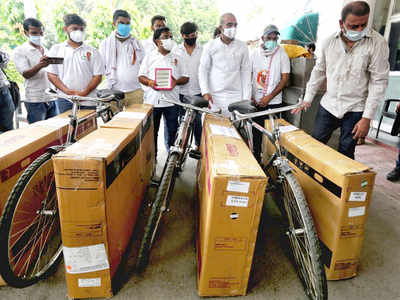 IYC sends cycles to Modi on fuel price rise