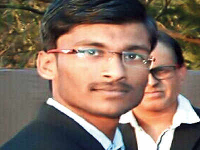 City topper writes to PM for job reference