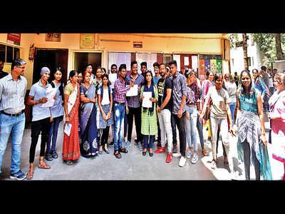 Students claim internal marks gap failed them