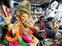 Ganesh Chaturthi 2018: Artists give final touch to Ganapati idols