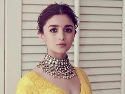 Exclusive! Alia Bhatt is on a desperate hunt to find a good biopic