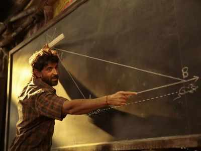 Super 30 earns Rs 11 crore on its first day