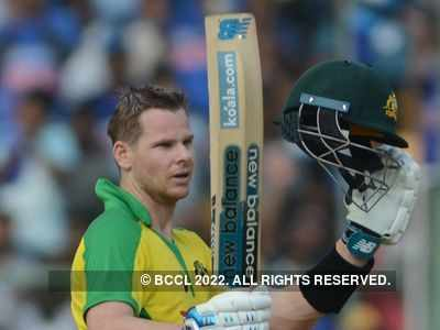 India Vs Australia 3rd ODI: Steve Smith's ton takes Aussie to 286/9