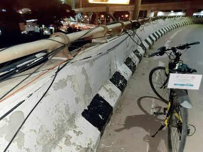 Near-death experience for cyclist