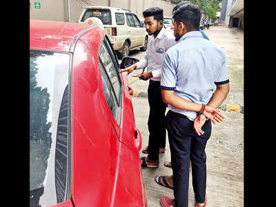 District collectorate starts pay-and-park from this week, resolution passed to initiate legal action against offending managements