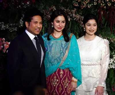 Sachin Tendulkar turns chef on New Year's Eve, hosts BBQ party for friends