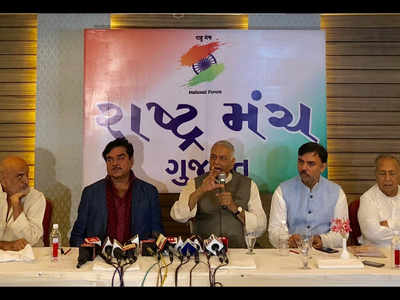 Gujarat govt's responsibility to ensure everyone's safety: Yashwant Sinha